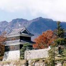 真田家、信州の鎌倉「上田(うえだ)」 歴史を感じさせる町並みを身近に
